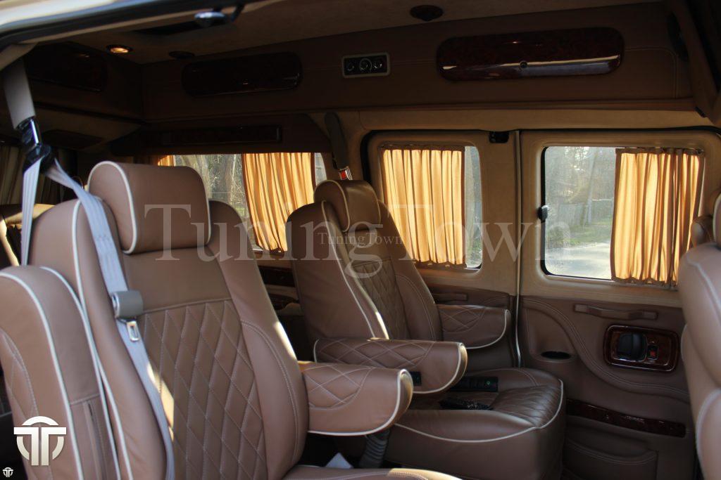 Переоборудование микроавтобуса Chevrolet