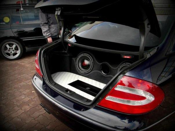 Установка автомобильной акустики